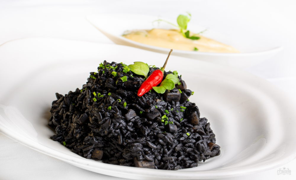 Squid black rice with aioli sauce
