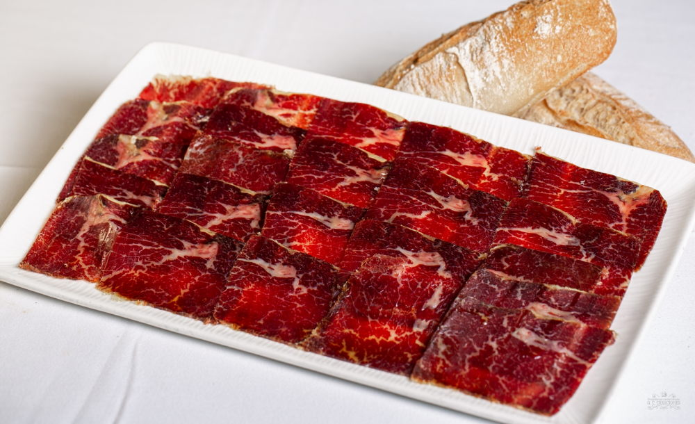 Cow dried meat from León