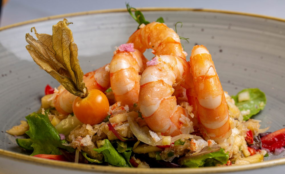 Sweet shrimp and king crab vinagrette