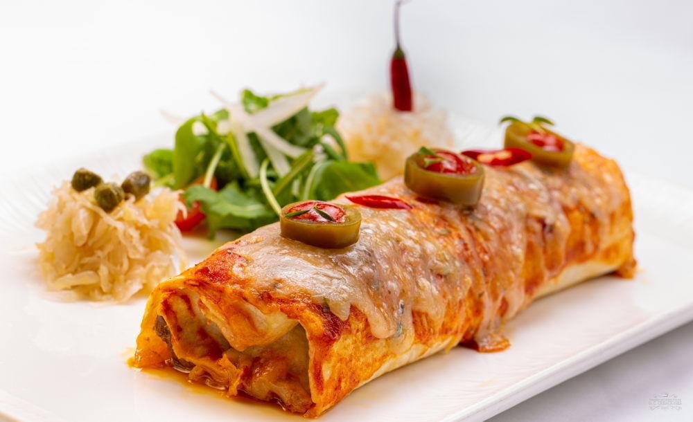 Canelones de setas y pato gratinados con queso Varé